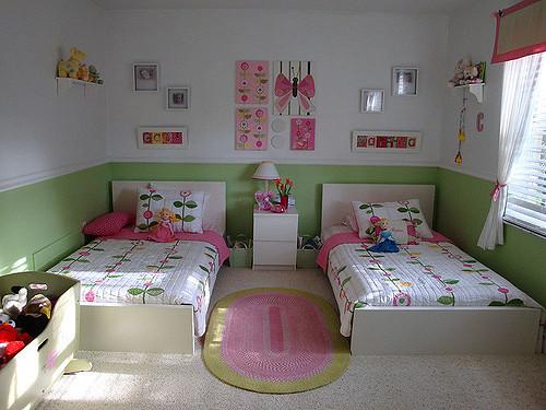 Gyermek ágynemű vidám színekkel