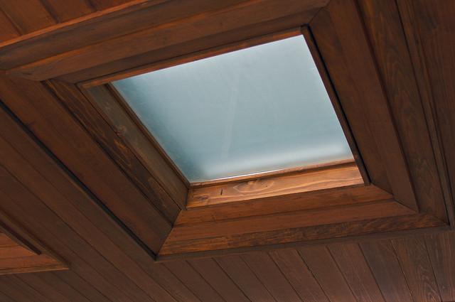 Méretre szabható a tetőtéri ablak árnyékoló