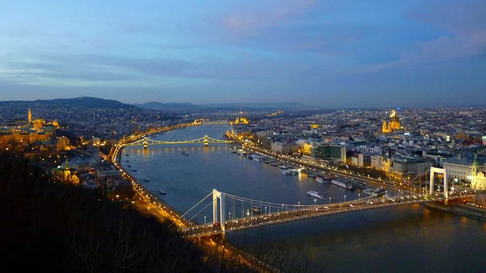 Randi Budapest látványos helyein