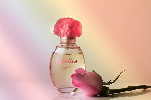 Minőségi parfümök olcsón vehetőek